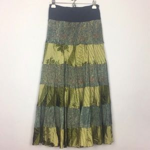 100% SILK SKIRT BY PARADISE SZ M/L LINED